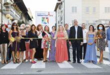 Photo of فنانو الامارات يشاركون فناني 17 دولة في معرض الفن التشكيلي العالمي في ايطاليا