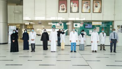 "Photo of قيادات في وزارة الصحة يتلقون الجرعة الأولى من لقاح ""كوفيد – 19"""
