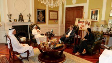 Photo of خلف أحمد الحبتور يستقبل نائب رئيس بلدية القدس وأحد مؤسسي مجلس الأعمال الإماراتي-الإسرائيلي