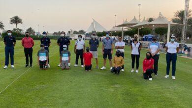 Photo of نجما الجولف الإيطالي روناتو وغريزه يقدمان خبراتهما للاعبي الإمارات