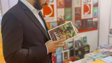 Photo of ايلي جبور في زيارة معرض الشارقة الدولي للكتاب