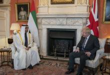 Photo of محمد بن زايد يبحث العلاقات الثنائية وقضايا المنطقة مع رئيس الوزراء البريطاني