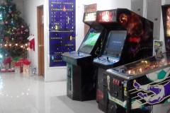 MERRY CHRISTMAS COSTA RICA  GAME ROOM PINBALL