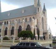 Boda-en-Iglesia-de-San-Rafael-de-Heredia.-CENTRAL-AMERICA-LIMOUSINE-RIDES.-3-300x180