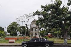 Mora y Cañas Park. COSTA RICA W123 LANG LWB MERCEDES 300D LIMOUSINE