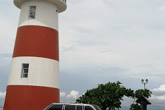 LIGHTHOUSE PUNTARENAS COSTA RICA. LIMO TRANSPORTATION W123 LWB 300D