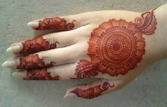 Finger Mehndi Designs For Brides To Try On Weddings