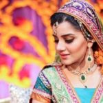 Pakistani wedding mehndi dress designs