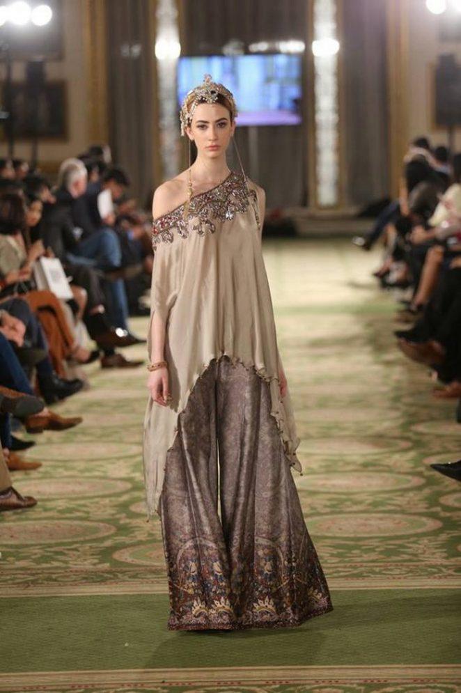 Fancy Bridal Formal Wear Modern Dresses 2017