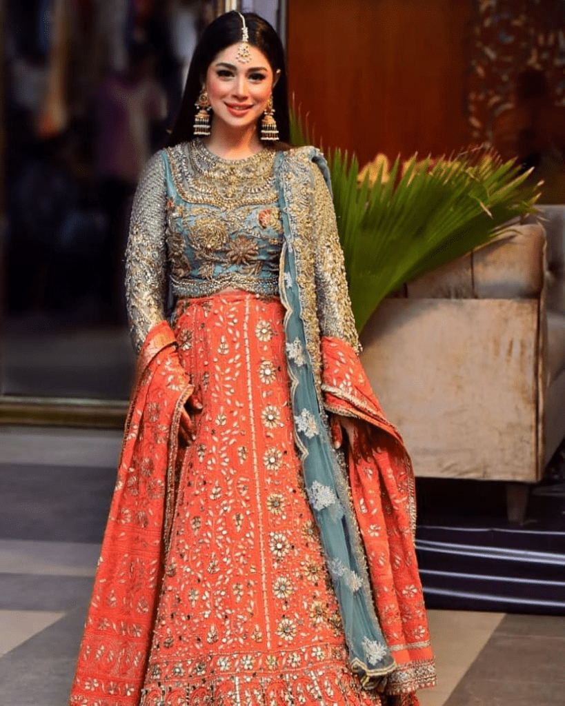 How To Wear Duppata On Events - 4 Ways To Make Style Statement