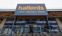Halfords to acquire Universal Tyre and Autocentres for £15m