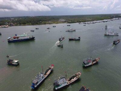 ปินส์เงิบ! หลังเจอเรือประมงจีนกว่า 200 ลำบุกน่านน้ำแนวปะการัง