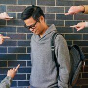 """รับมืออย่างไรเมื่อถูก """"บูลลี่ (Bully)"""""""