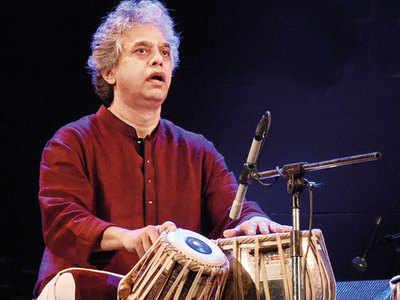 Fazal-Qureshi-Table-maestro.jpg