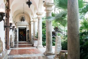 Travel Blog by Rosie Andre. Inside Vizcaya, Miami - USA. (Miami, Florida, wanderlust, travel, explore, globe, world, earth)
