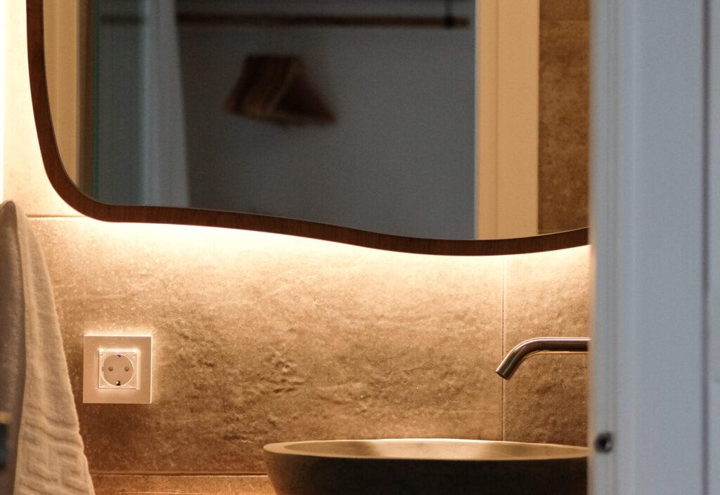 Alafropetra Luxury Suites 1 - Second bathroom