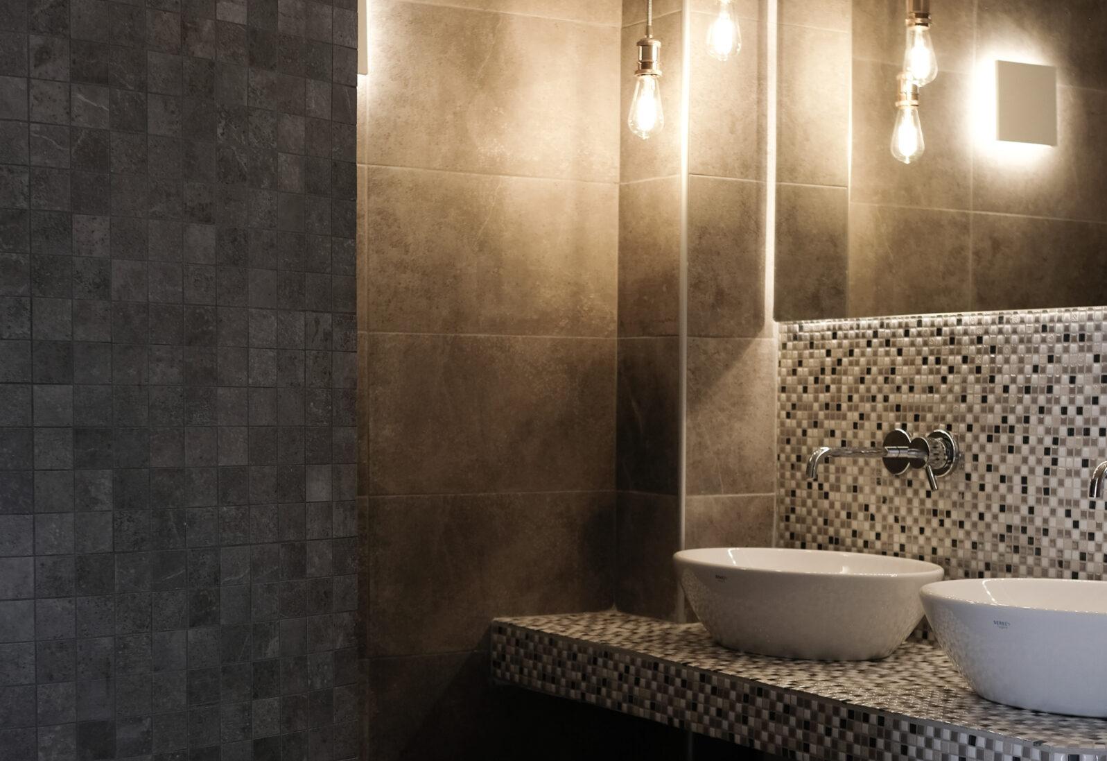 Alafropetra Luxury Suites 4 - Master Bathroom