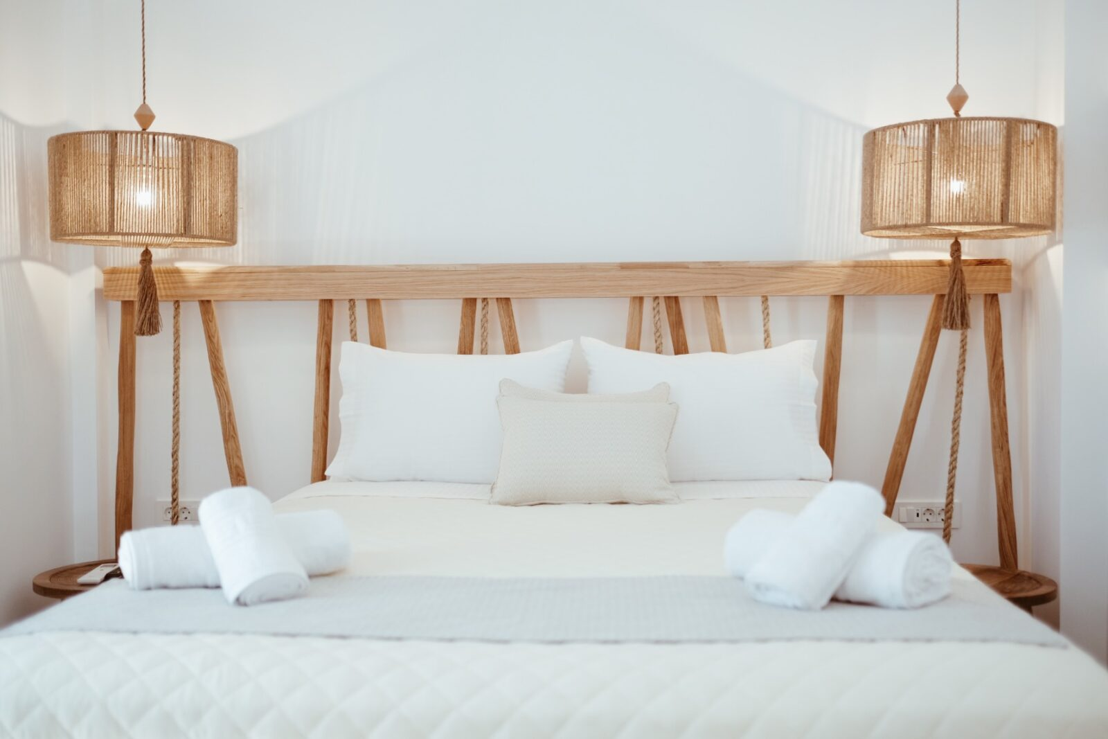 Alafropetra Luxury Suite 2 - Master bedroom