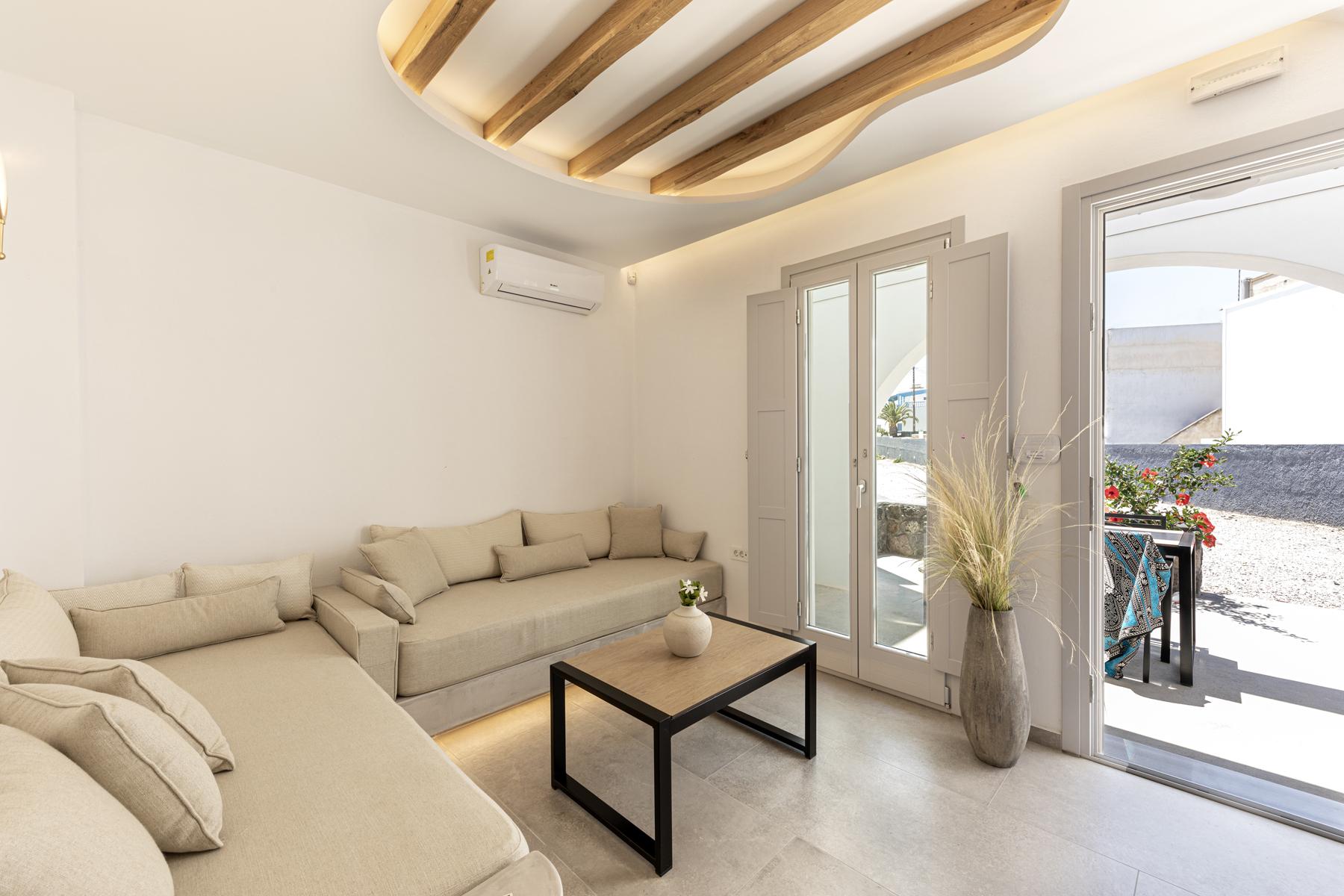 Alafropetra Luxury Suites - Sitting area- homeoffice