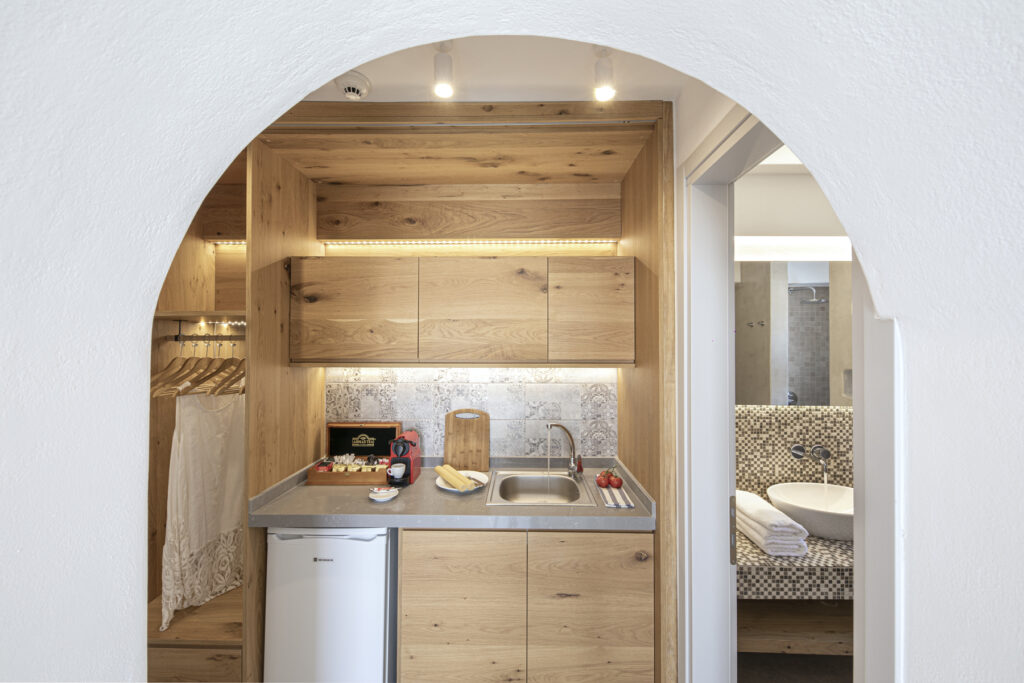 Alafropetra Luxury Suites - Suite 1 - Kitchenette