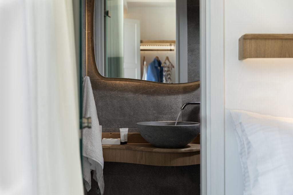 Alafropetra Luxury Suites - Suite 1 - toilet