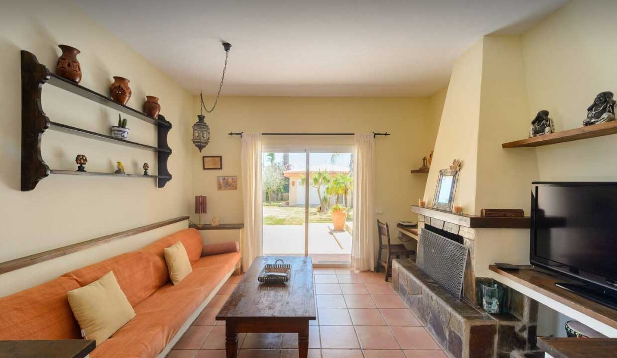 holiday homes to rent in ibiza. Salon cristaleras