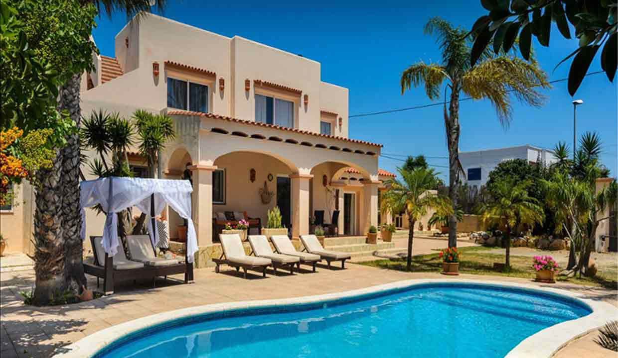 Holiday home to rent in Ibiza. Sant Jordi