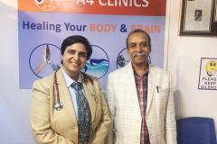 Dr-Agrawal-with-Shahid-Akhter-Editor-The-Economic-Times