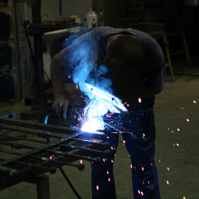 Commercial-Welding-Durham-Stainless-Steel-Fabrication-Welder-Bespoke-Specialist-Contract-Welding-Sunderland-Made-To-Order-Shop-Fitting.