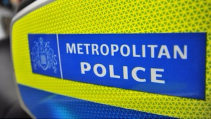Five Met police pigs pick on 10-year-old black boy. They must be punished