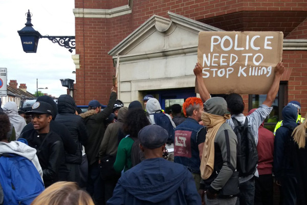 Protesters furious with the cops demand justice for Edson Da Costa