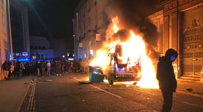 Bristol police are the thugs, solidarity with protesters who fought back