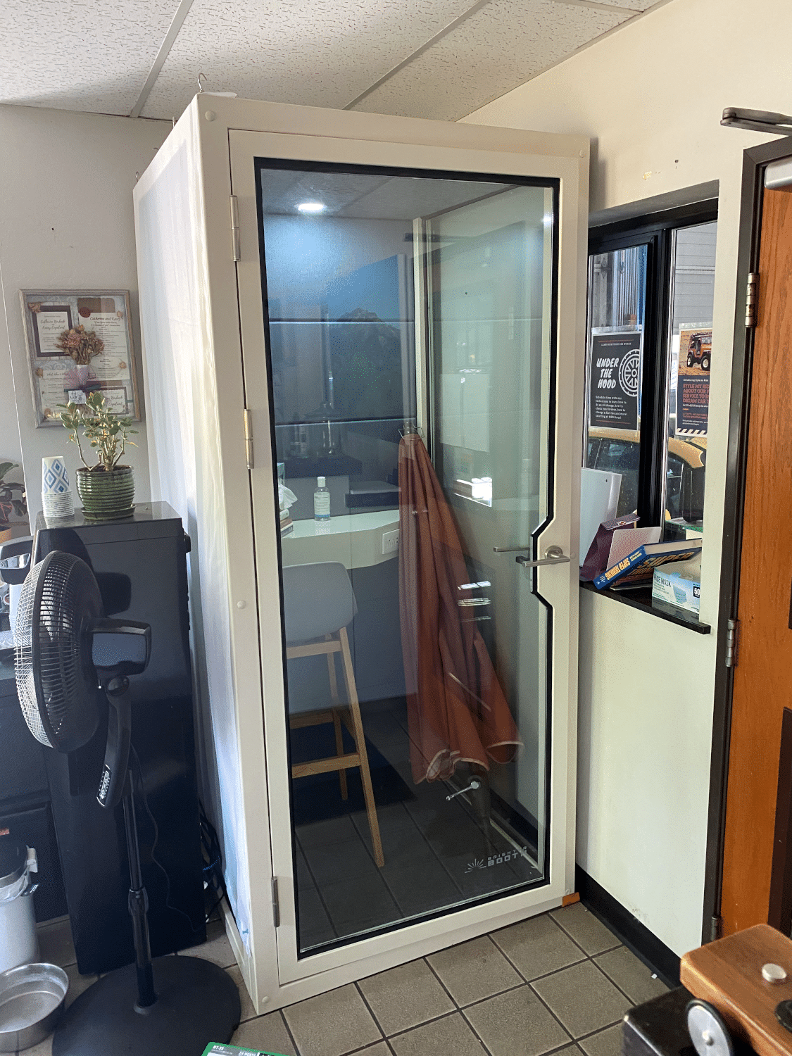 soundproof office phone booth