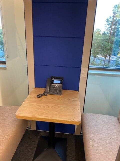 soundproof office Meeting Pod
