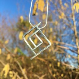 Chilli designs geometric pendant