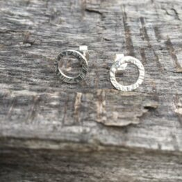Chilli Designs Hammered Circle Studs 1