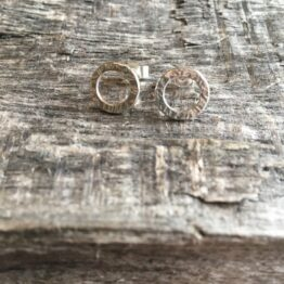 Chilli Designs Hammered Circle Studs 2