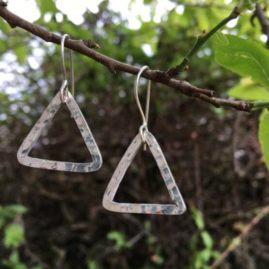Chilli Designs long tear drop hammered earrings