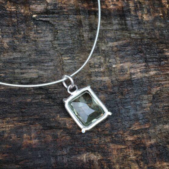 green amethyst Chilli Designs