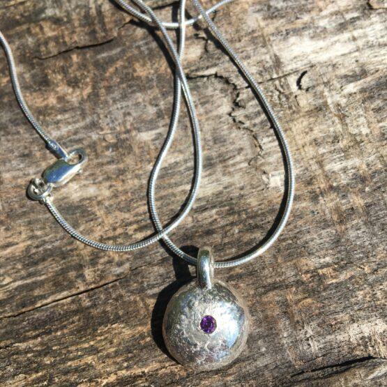 amethyst pebble Chilli Designs