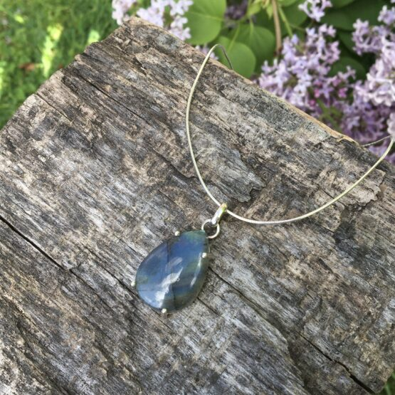 labradorite claw set necklet Chilli Designs