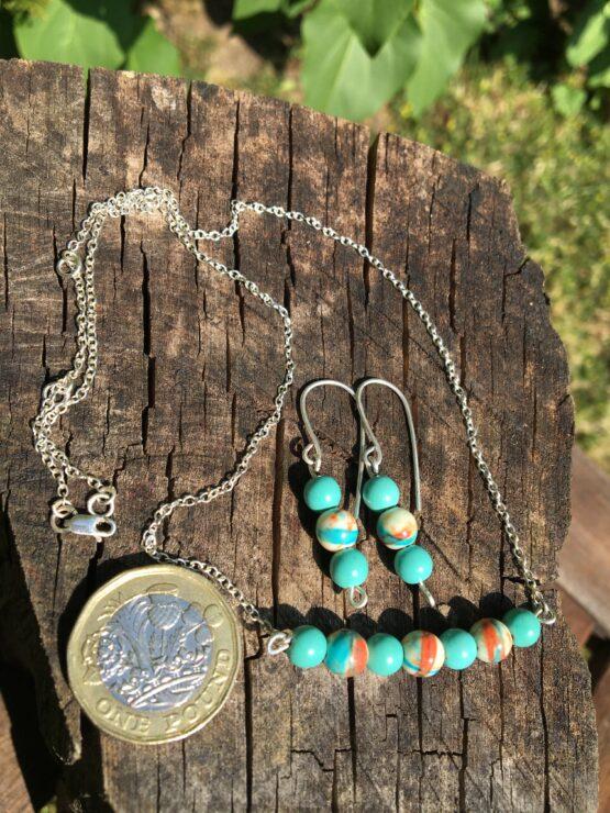 Chilli Designs bead necklace set