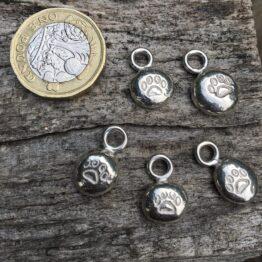 Chilli Designs paw print pendant for collar