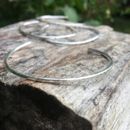 Chilli Designs hammered wire cuff