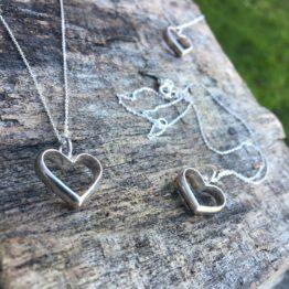 Chilli Designs heart valentines pendant