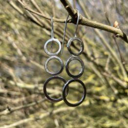 Chilli Designs bubbles drop earrings