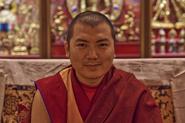 Khenrab Rinpoche