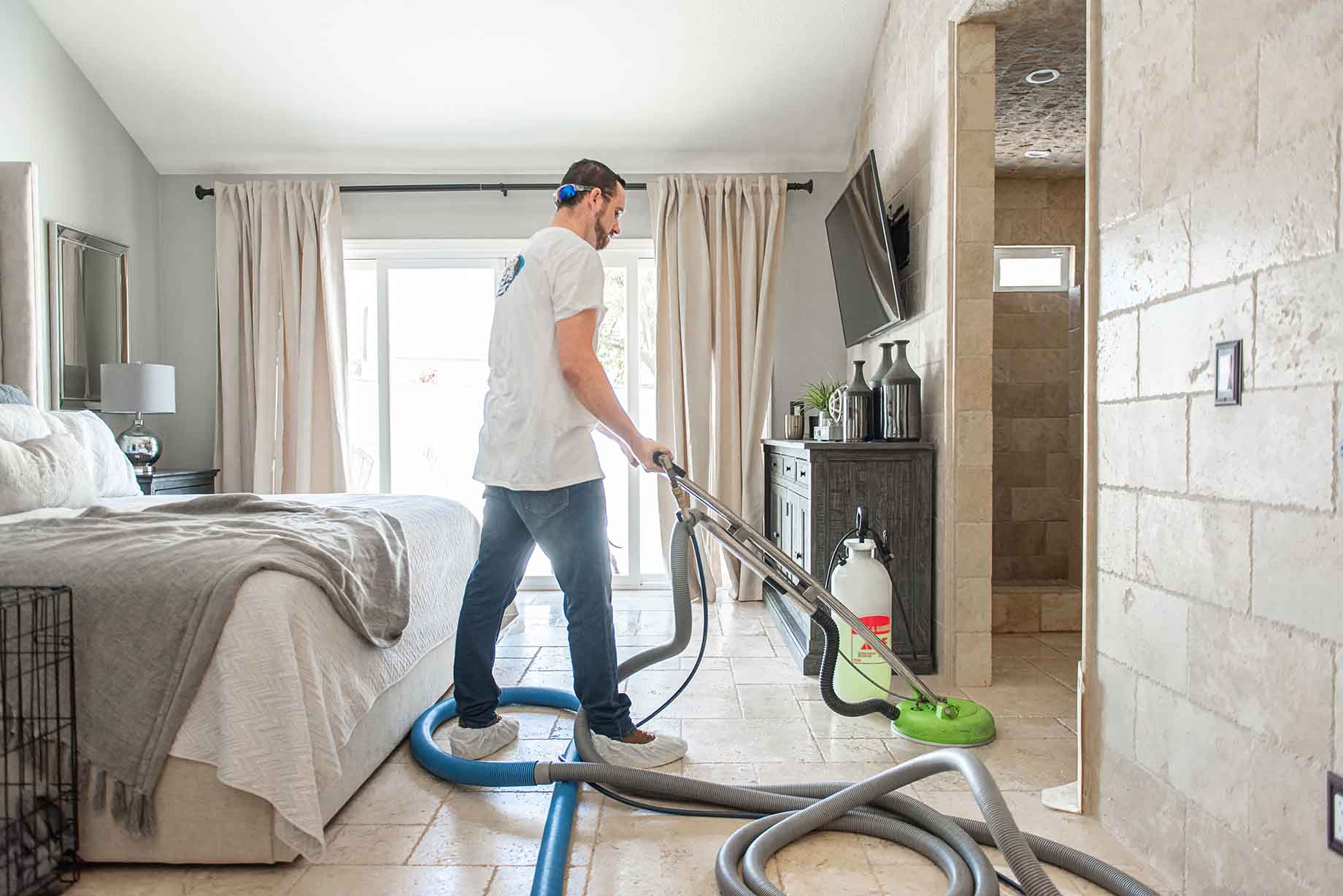 Cleanup your floor with Clean machine