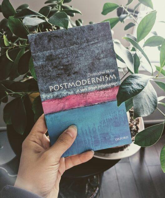 postmodernism simple definition