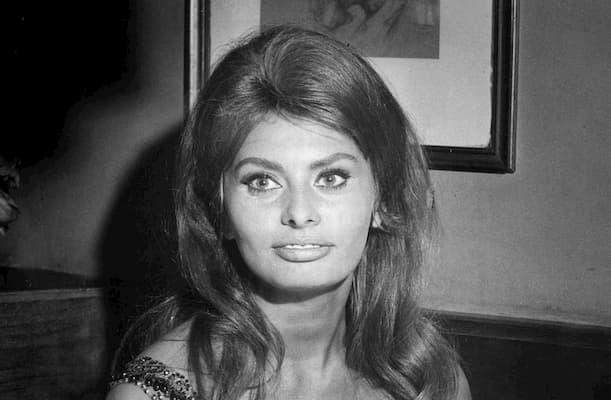 Sophia Loren Bio, Age, Husband, Young, Children, Now ...